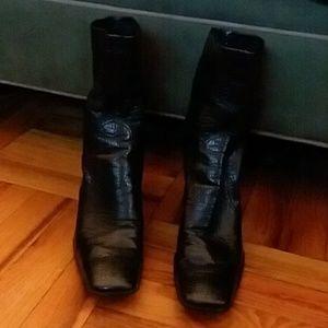 Black faux snake skin short boots /high heel